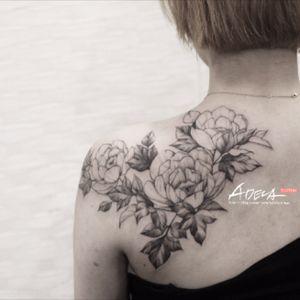 #peonytattoo #flowertattoo #tattoodesign #linework #blackandgrey #linework #koreatattoo #blackwork #blackworker