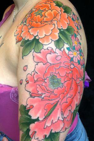 #tattoooftheday #peonies #larascotton