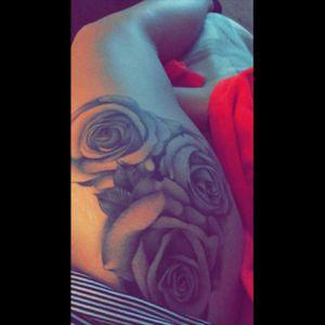 🌹🌹🌹 #roses #upperleg #love