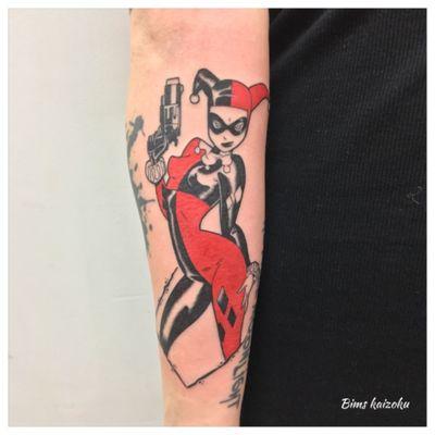Crack crick cruck!!!!!!! #bims #bimstattoo #bimskaizoku #paris #paname #paristattoo #tatouage #tatouages #harleyqueen #harleyquinn #halloween #batman #joker #dc #pinup #color #love #hate #instatattoo #instalove #instagood #tattoo #tattoos #tattooartist #tattooart #tattoolover #tattoed #tattoist #tattoogirl #raveninktattooclub