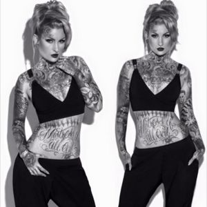 #inked #inkedgirl #inkedchick #ink #inkedup #tattooedgirls #blacktatoo #tattooflash #girlswithtattoos #cute #theinkmasters #inkedlife #TattooGirl #sexytattoogirl #inkspiration #tattooink #freshink #newtattoos #tattooart #tattoolife #tattoomodel