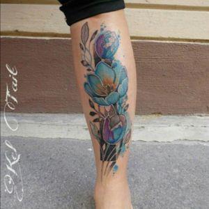 #floral #flowers #tulip #Foliage #color - by #keltaittattoo @kel.tait.tattoo