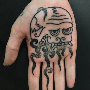 Tibetan kapala palm tattoo #FrancoMaldonado #palmtattoo #buddhist #skullcup #kapala #linework #dotwork