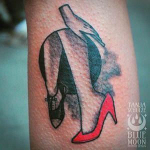 Twin Peaks inspired!! #twinpeaks #tattoo #legtattoo #traditionaltattooflash