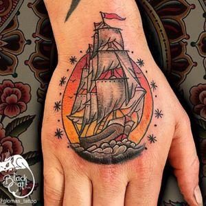 #wannado #blackcatink #sorrymomambassador #sorrymomtattoo #wearesorrymom #dermalizepro #worldfamousink #bishop #inkjectaflitenano #neotraditionaltattoo #neotraditional #tattoo #tattoosnob #tatuajes #tatuaje #spaintattoo #spaintattooartist #NeoTradEu #lafincagolf #algorfa #alicante #elche #NeoTradSub #ship #tallship #traditonalship #handtattoo #oldschool #sailorjerry