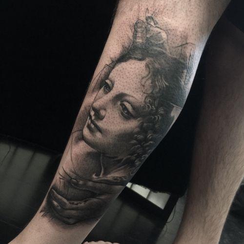 Tattooed on the very talented @jimimay leonardo devinci ispired peice #leonardodivinci #insperation #love #gratitude