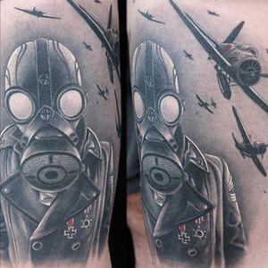 By Jumilla@largavidatrece#kwadron #viking_ink #amtattoosuplies #tattoo #tattoos #tatuage #tatuaje #tinta #ink#ink_masters #guerra #soldado #avion#avioneta #thebestofshow #thebesttattooartists #thebestspaintattooartists #the_best_tattoos_magazine #the_inkmasters #blackandgreytattoo #blancoynegro #blackandgrey #realismo #realistictattoos #tattoorealistic #crazyytattoos