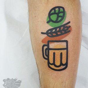 #mambotattooer @mambotattooer #beer #glassofbeer #hops #wheat #leaf #beertattoo #color
