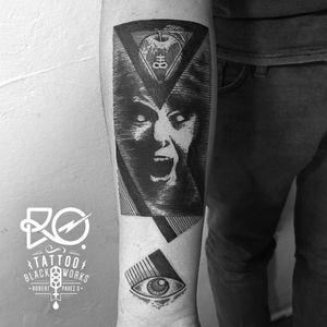 By RO. Robert Pavez • Poison Apple • #engraving #dotwork #etching #dot #linework #geometric #ro #blackwork #blackworktattoo #blackandgrey #black #tattoo #poisonedapple