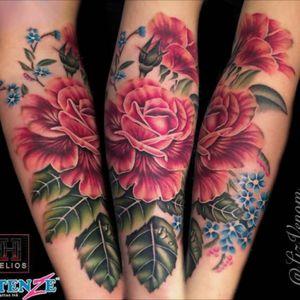 Some #vintagebotanical #roses i tattooed at #khantattoostudio in #brisbane  #tattoos #ink #inked #australia #rosetattoo #flowertattoo #flowertattoos #tattoosforgirls #flowertattoodesigns #forgetmenot #lizvenom #australiatattoo #Intenzetattooink #intenze #helios #heliosneedles #painfulpleasures #ohanaorganics #bombshelltattoo #edmonton
