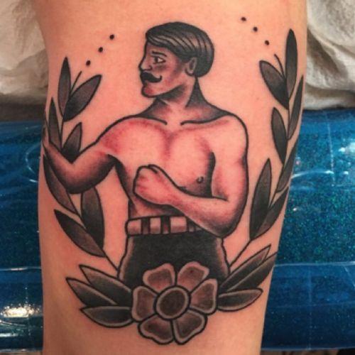 #traditionaltattoo #blackandgrey #fighter #gentleman #tattoosbyrodrigocanteras #lovehatenewyork