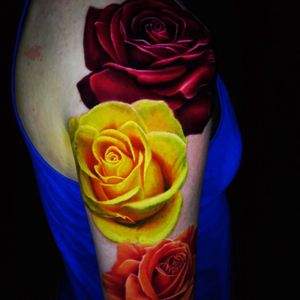 Artist #JamieSchene #roses #sleeve #hyperrealism