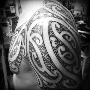 Shoulder to chest ta moko #moko #tamoko #maoriculture #mokomaori #maori