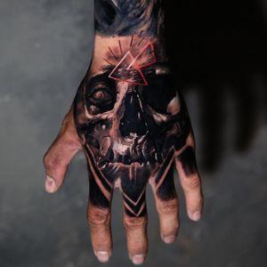 Q_tattoos #caveira #skull #Qtattoos