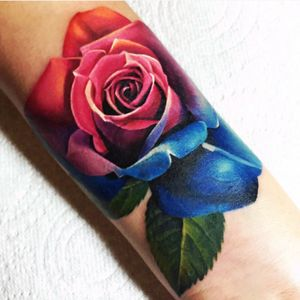 #michellemaddison #rose #rainbow #armband #hyperrealism