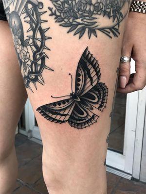 #traditionaltattoo #blackandgrey #ochoplacastattoo #miami #javierbetancourt #butterfly
