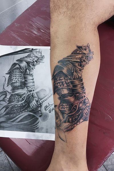 Fechamento de perna em progresso #guarulhos #SP #samurai #samuraitattoo #oriental