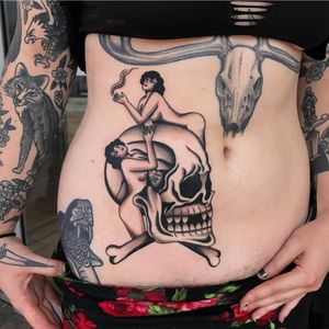 #skull #traditionaltattoo #blackandgrey #ochoplacastattoo #miami #javierbetancourt #woman #gypsy