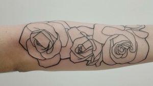 #blackwork #blackworktattoo #rose #roses #rosestattoo #flowertattoo #flowers #linertattoo #lalavtattoo