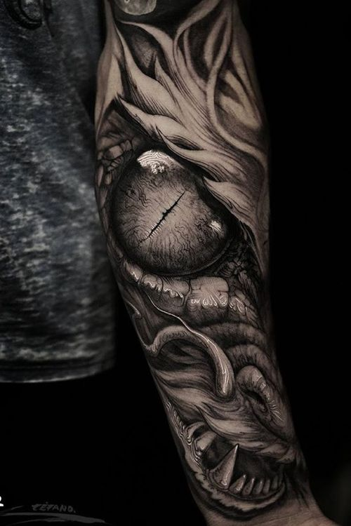 Dragon eye by Stefano Alcantara #realism #dragon #eye #blackandgrey