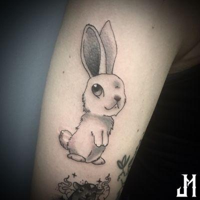 Baby Bunny • #bunny #bunnytattoo #babybunny #rabbit #rabbittattoo #babyrabbit #coelho #coelhotattoo #cutetattoo #cuteanimals #fluffy #pretoecinza #blackandgreytattoo #blackandgrey #tattoo #tatuagem #tatuagemfeminina #tatuagemdelicada