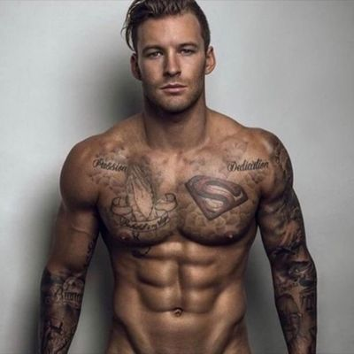 #aussie #superman #prayinghands #sleeve #chest #lowerarm #blackandgrey #matheuorchard @matheuorchard #malemodel