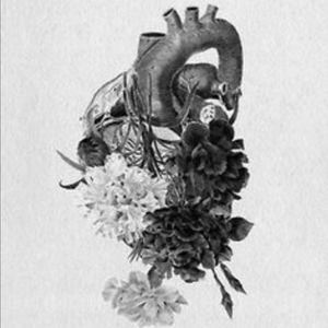#hearttattoo #flowertattoo #mynexttattoo
