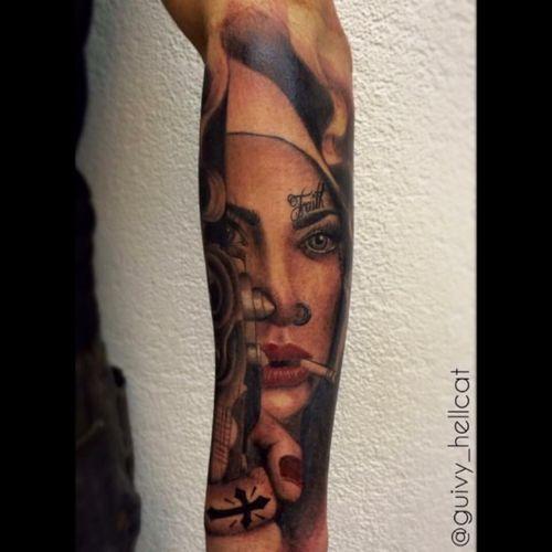 #girlgang #tattooedgirl #sinner #religioustattoo #chicano #chicanostattoo #glock #9mm #gun #guivy #artforsinners #tattoo #tatouage #geneva #geneve #switzerland