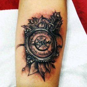 Compass tattoo #tattoedgirl 💪🏽
