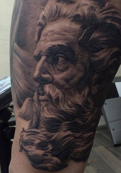 #neptune #Poseidon #realistic #realism #legtattoo #leg #tattoo #tattoos #tattooart #art #sculpture #blackandgreytattoo #inked #inkedup