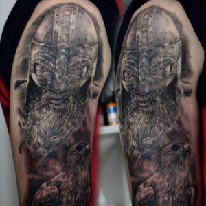#viking#tat2#ink#tattoo#realisimtattoo#blackabdgrey#