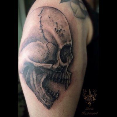 A vampire skull I did for Abbie. #lewishazlewood #lewishazlewoodtattoo #staganddaggertattoo #somerset #uk #blackandgrey #blackandgreytattoo #blackandgray #blackandgraytattoo #bng #bngtattoo #skull #skulltattoo #vampire #vampiretattoo #vampireskull #horrortattoo