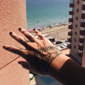 Henna tattoo #henna #hennatattoo #hennaart