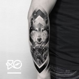 By RO. Robert Pavez • Black Souls • Studio Nice Tattoo • Stockholm - Sweden 2017  • #engraving #dotwork #etching #dot #linework #geometric #ro #blackwork #blackworktattoo #blackandgrey #black #tattoo #wolf #crow #fineline