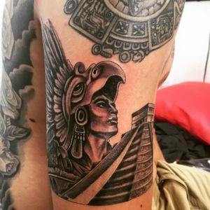 #aztecwarrior #chichenitza #mayancalendar #mayan
