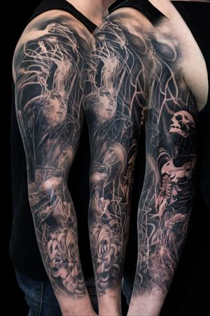 For more of my tattoos, check out www.instagram.com/bacanubogdan or www.Facebook.com/bacanu.bogdan.7 #BacanuBogdan #tattoooftheday #tattoo #blackandgrey #realism #realistic #tattooartist #sleeve #blackandgreytattoo