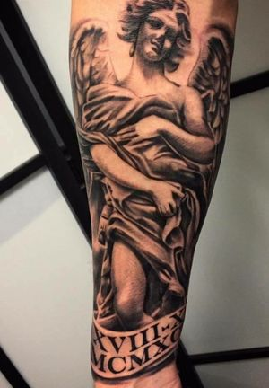Done by Bram Koenen - Resident Artist.                        #tat #tatt #tattoo #tattoos #amazingtattoo #ink #inked #inkedup #amazingink #blackandgrey #blackandgreytattoo #blackandgreytattoos #angel #angeltattoo #angels #armtattoo #armpiece #tattoolovers #inklovers #artlovers #art #culemborg #netherlands