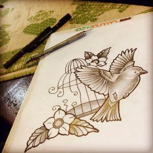 Mais um #freedom #bird #birdcage #blackandgrey #passarinho #realismopretoecinza #gaiola #lovetattoobrasil #GaleriaGralato