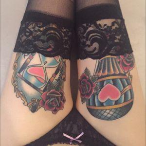 Traditional thigh tattoos. #hotairballoontattoo #hourglasstattoo #thightattoo