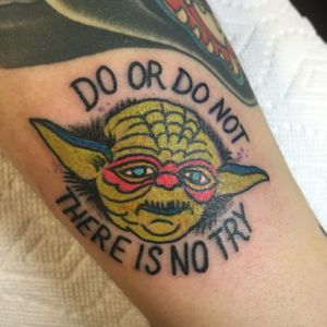 """""""Judge me by my size, do you? Hmm.."""" Star Wars flash day at @gritnglory! Thanks bro @muller.art! #maythe4thbewithyou #revengeofthe5th #traditional #color #yoda #starwars #flash"""