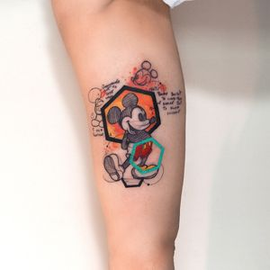 Mickey Mouse with original sketches and notes of Walt Disney in the back #tattoo #tattoos #disney #watercolor #geometric #abstract #hexagon #waltdisney #comic #sketch #teal #color