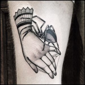 #black #hand #spider #tattoo #blackwork #totemica #ontheroad