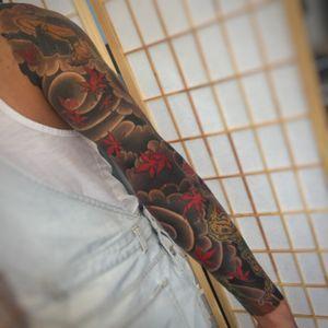 Sleeve of maples/kitsune (fox) and kaeru (frogs) #japanese #japanesetattoo #irezumi #tattooartist
