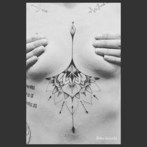 #bims #bimskaizoku #bimstattoo #paris #paname #paristattoo #tatouage #tatouages #blxink #txttoo #mandala #underboob #instagood #instatattoo #love #hate  #tattoo #tattoos #tatt #tattooistartmag #tattooistartmagazine #tattoomodel #tattoodo #tattoedgirl #tattoolover #tattoostyle #tattoolove #tattooartist #tattoolife