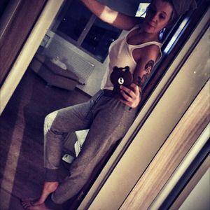 #girlswithtats #ink #bucuresti #selfie #tatt #wednesday #tattoodoo #XO