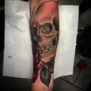 Skull cover up #skull #rose #tattoo #skulltattoo #coveruptattoo