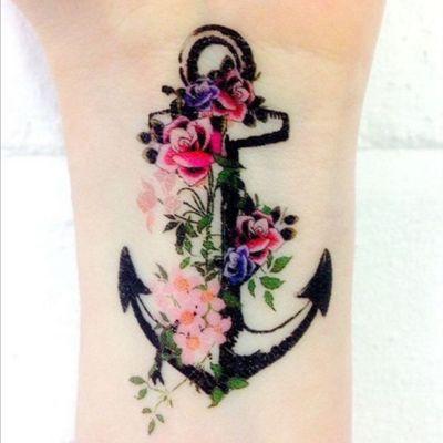 #anchor #woman #tattoo #delicatetatto #flowers