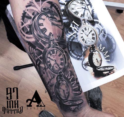 #bestgranadatattooist  #tattoo #tatuaje #wcw #artists_magazine #artist #cheyennetattooequipment #ink #art_collective  #artist #tattoos #photooftheday #inkonsky #balmtattoo #tattoomachine #tattooed #tattoosocial #clock #watch