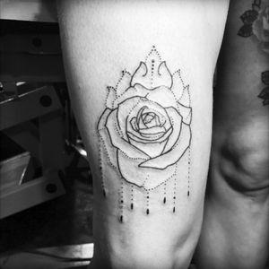 My new dot rose 🌹💜 #themisslaw #tattoo #legtattoo #thightattoo #thightattoo #amijames #sexy #sexytattoo #sexytattoogirl #ami #rosetattoo #dotwork #dot #dottattoo #mandala #rose