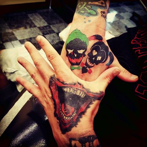 Joker and harley skulls #Joker #jokertattoo #JokerTattoos #JokerSmile #harleyquinn #HarleysTattooParlour #harleyquinntattoo #SuicideSquad #trueartists
